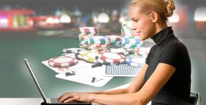 vyigrat-dengi-v-poker-online-700x357